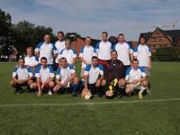 Eine der zwei AGTOS-Fußball-Mannschaften