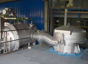 Coreless vacuum induction furnaces for refining and recycling of metals
