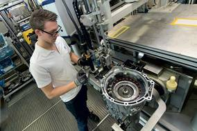 GER - ZF Wins Major Business for New 8-Speed Automatic Transmission