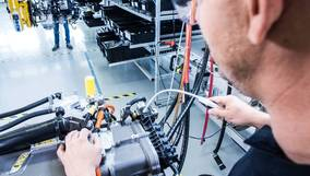 Volvo and Daimler announce fuel cell joint venture