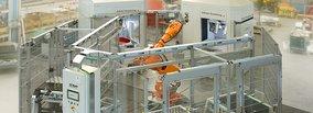 Rösler Oberflächentechnik GmbH: Innovative Schleppfinishlösung mit Roboterbeschickung