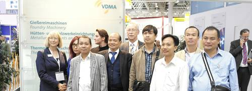 Delegation Of Purchasers From Vietnam Meets VDMA