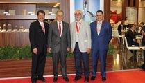 Carsten Kuhlgatz (l), CEO Hüttenes Albertus, Mr. Amine Serghini (r)