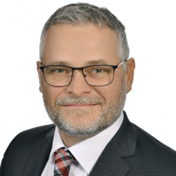 Robert Buttenhauser becomes the new Board Member for Engine Production at Audi Hungaria